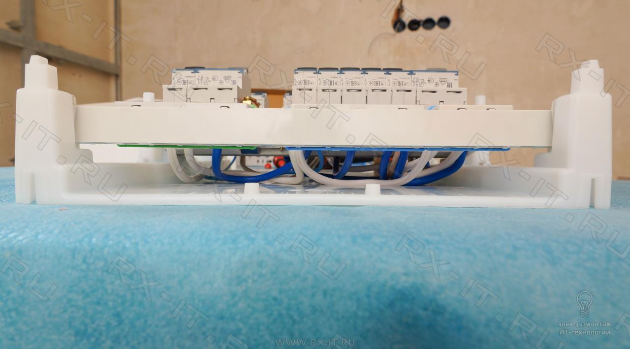 """rx it ru Электромонтаж ИТ технологии в Тольятти """"Стандартный  Расключение сделано проводом ПуГВ 10мм2 звонок проводом 2 5 мм2"""